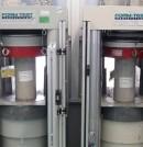 9 Prensas gemelas de compresión FORM TEST de 3.000 kN