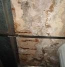 Carbonatación del hormigón y humedades en aparcamiento subterráneo